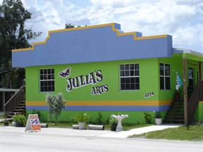 Julia's Arts
